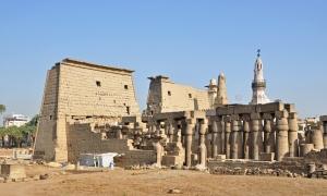 Luxor_Temple_R04