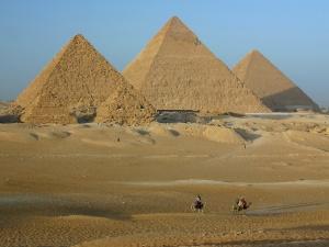AGizaPyramids1