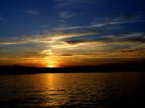 sunset-on-water-ralph-perdomo