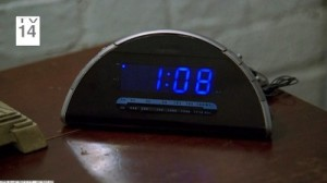 3x08_clock_108