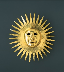 Johann_Melchior_Dinglinger_-_Sun_mask_with_facial_features_of_August_II_the_Strong_as_Apollo_the_Sun_God_-_Google_Art_Project