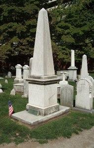 obelisk_tombstone