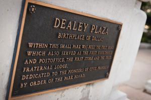Zdealey-plaza-plaque-jennifer-zandstra