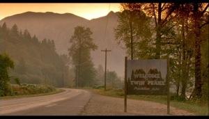 7Twin-Peaks-Fire-Walk-With-Me-twin-peaks-16542152-1040-595