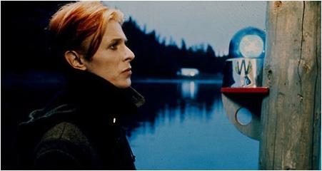 1371466643_David Bowie low