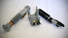 LEGO-Lightsabers-Darth-Vader-and-Luke-Skywalker-image-2