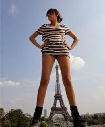 PhallicSymbolism-EiffelTower