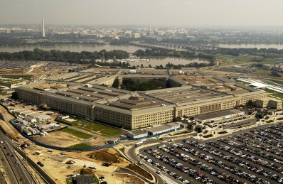 030926-F-2828D-089 Washington, D.C. (Sept. 26, 2003) -- Aerial view of the Pentagon from the south parking lot. DoD photo by Tech. Sgt. Andy Dunaway. (RELEASED)