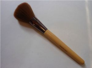 Beauty-360-Bamboo-Powder-Brush-Review
