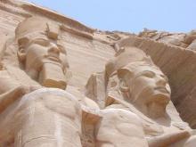 Ram ses-II-and-queen-nefeRtaRi