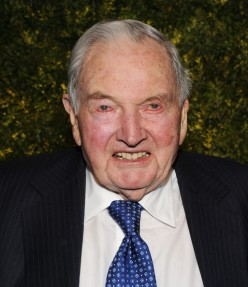 rockefeLLeR-admitted-eLite-goaL-of-micRochipped-popuLation