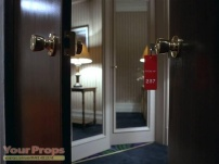 The-Shining-Room-237-keychain-replica-4